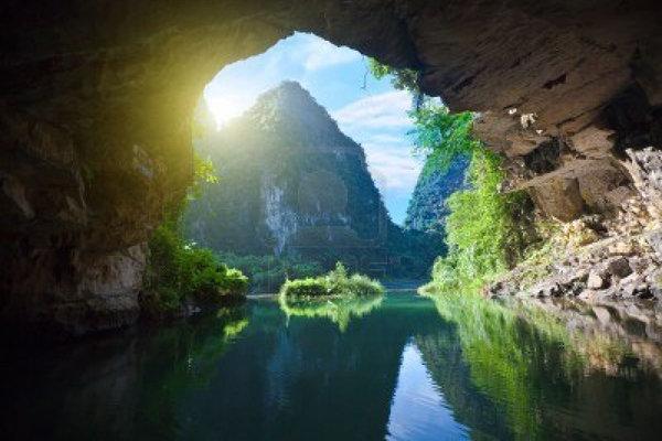 Conquer 4.5km Phong Nha cave (5)